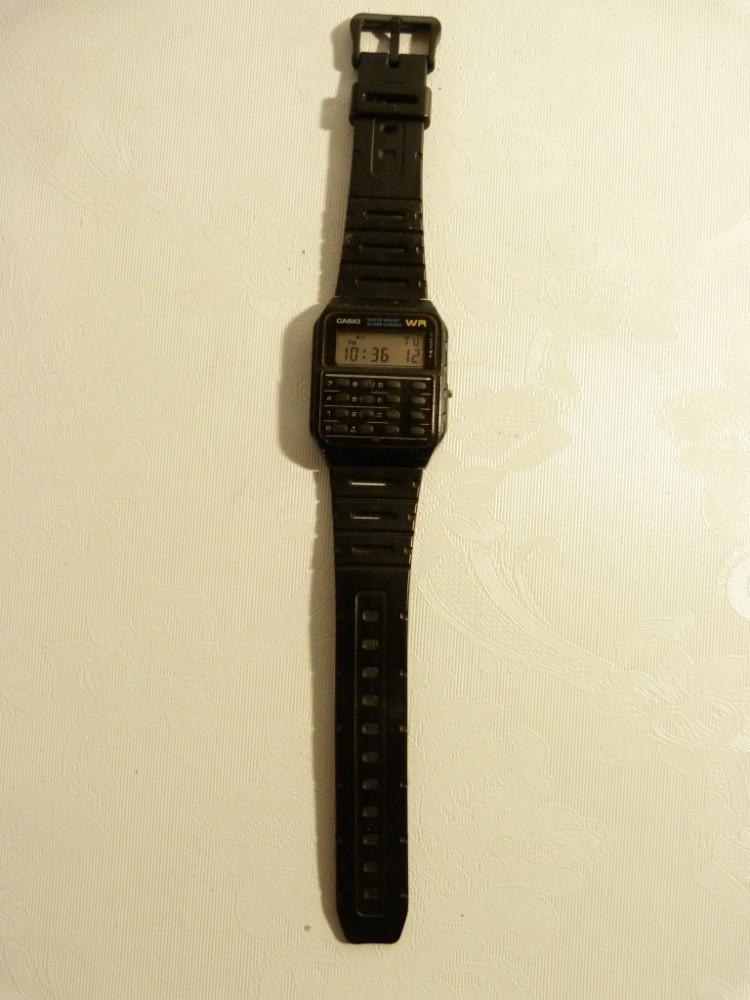 Retro hodinky Casio s kalkulačkou - Starožitnosti ARAGORN ... 9738172c00