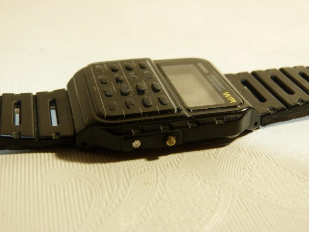 68aa9aa6868 Retro hodinky Casio s kalkulačkou - MEGA STAROŽITNOSTI